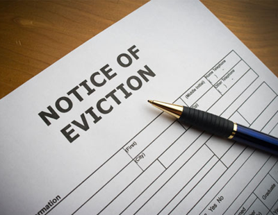 Total ban on evictions for three months, with blessing of trade groups