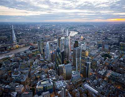 Plummeting prime London rents begin to attract tenants